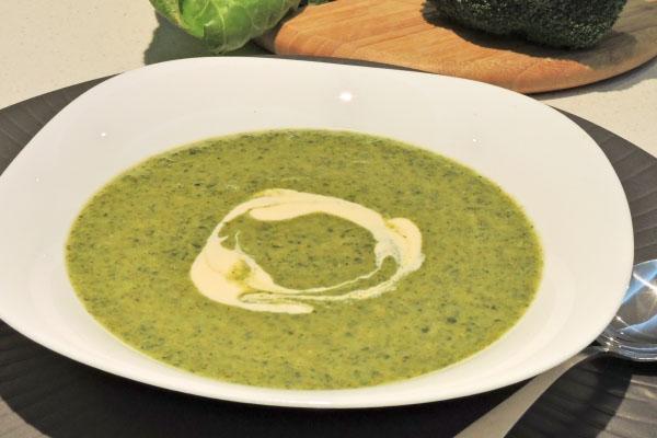 món ăn dặm từ súp lơ xanh