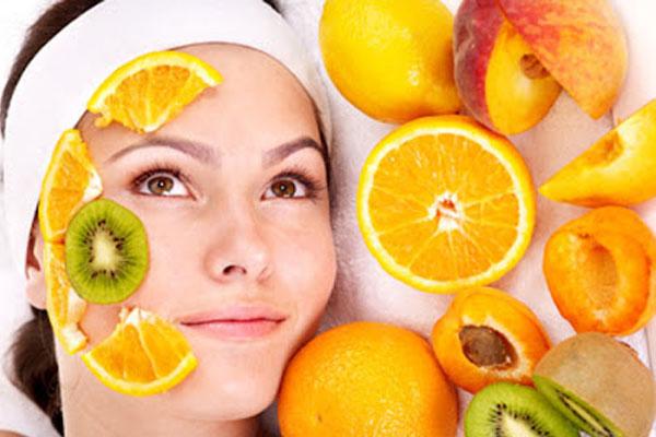 Thường xuyên đắp mặt nạ để phục hồi làn da nhanh chóng sau khi đốt